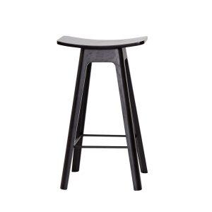 HC1 barstol i højde 67 cm med sæde i sort finér og understel i sort fra andersen furniture