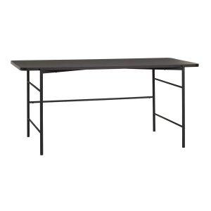 skrivebord med stel i metal og bordplade i sort asketræ fra hübsch