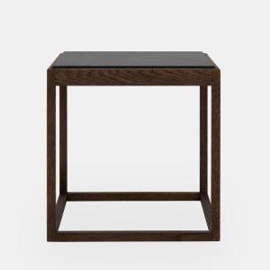 kø cube bord i sortbejdset eg med bordplade i sort marmor af kurt østervig fra klassik studio