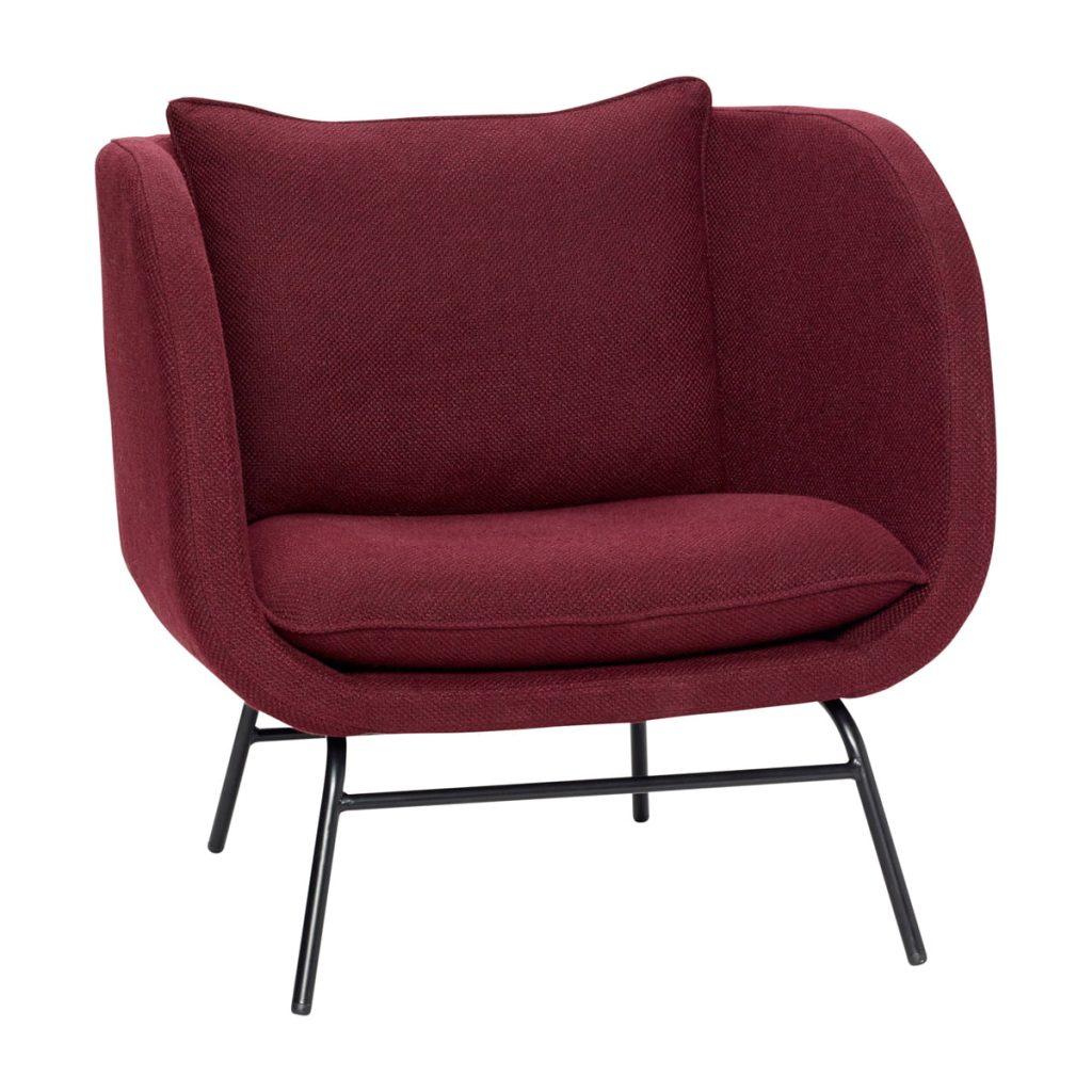 lænestol med sorte metalben og sæde og ryg i bordeaux fra hübsch