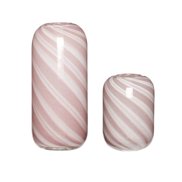 glasvaser med lyserøde og hvide striber fra hübsch