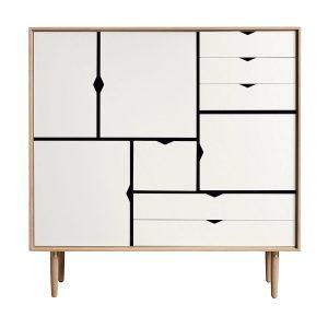 S3 opbevaringsmøbel i sæbebehandlet eg med hvide fronter fra andersen furniture