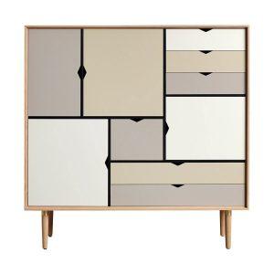 S3 opbevaringsmøbel i sæbebehandlet eg med flerfarvede fronter fra andersen furniture