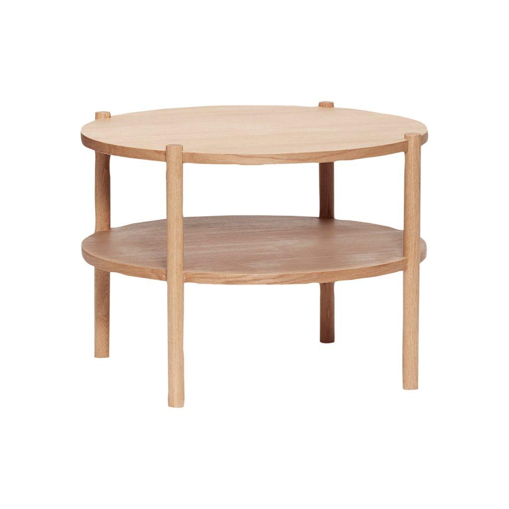 rundt bord i egetræ fsc med hylde fra hübsch