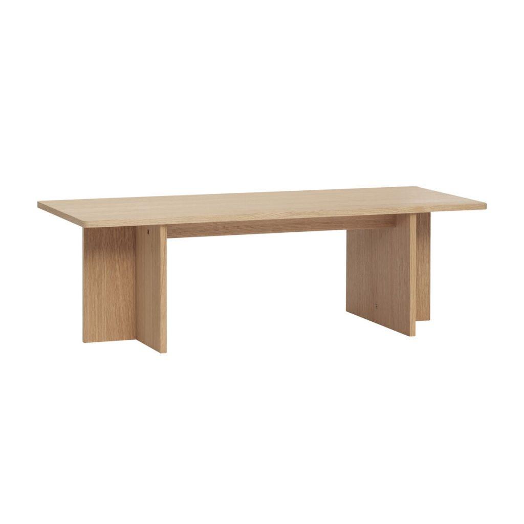 firkantet bord i egetræ fra hübsch