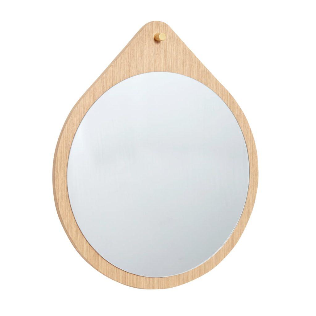 rundt vægspejl i egetræ fra hübsch