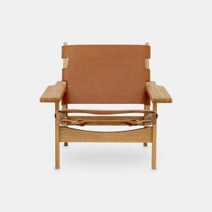 jagtstolen model 168 af kurt østervig i olieret eg og sæde og ryg i cognacfarvet fra klassik studio