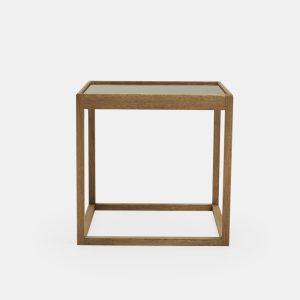 kø cube bord i røget eg med bordplade i røget glas af kurt østervig fra klassik studio