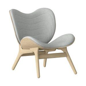 a conversation piece lænestol med lav ryg i eg og sæde i silver grey fra umage