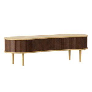 audacious tv bord og siddemøbel i eg med jalousidøre i tekstil i farven hazelnut fra umage