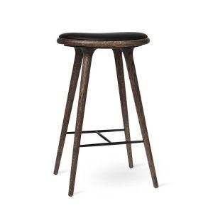 high stool barstol H74 i mørklakeret eg fra mater