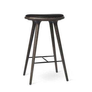 high stool barstol H74 i sirkagrå lakeret eg fra mater