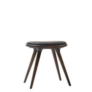 low stool skammel sirkagrå lakeret eg fra mater